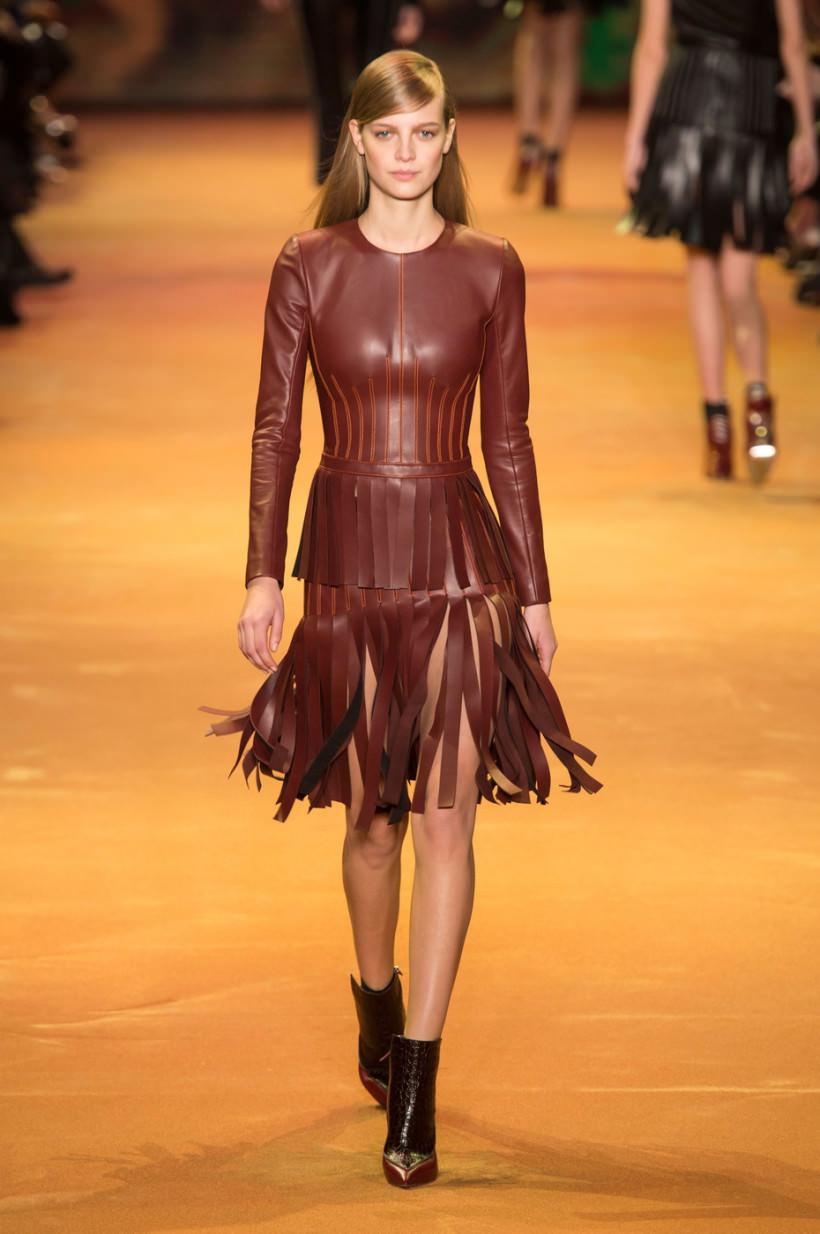 ef0b2bd99ce Модные платья осень-зима 2016-2017  фото самых стильных фасонов ...